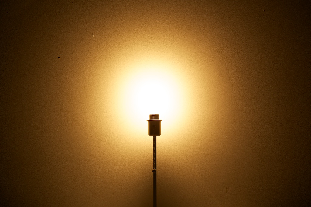 Four LED light bulbs reviewed for normal use – Marco.org